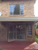 Property For Rent in Strubensvallei, Roodepoort