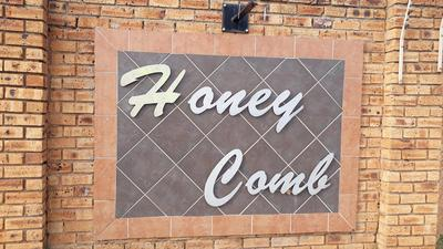 Property For Rent in Honey Park, Roodepoort